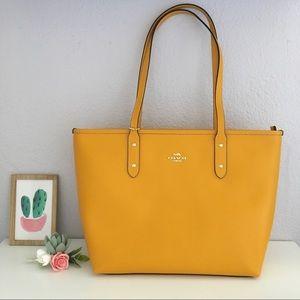 NWT Coach city zip tote bag mustard yellow